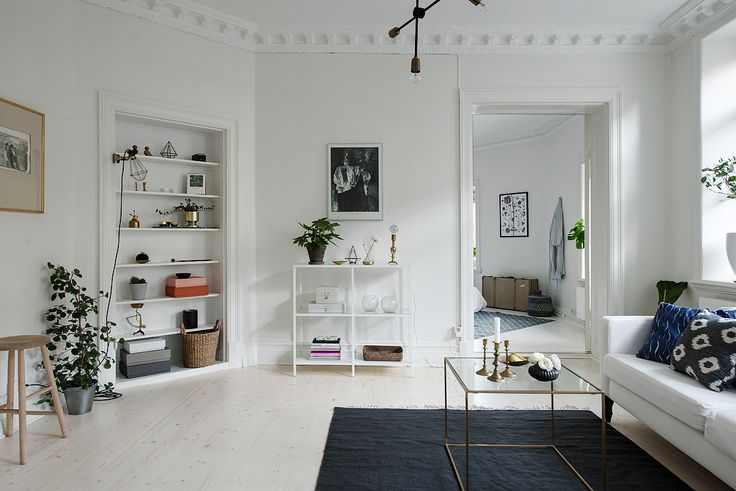 Een clean Scandinavisch interieur in een 19e-eeuws pand - Roomed