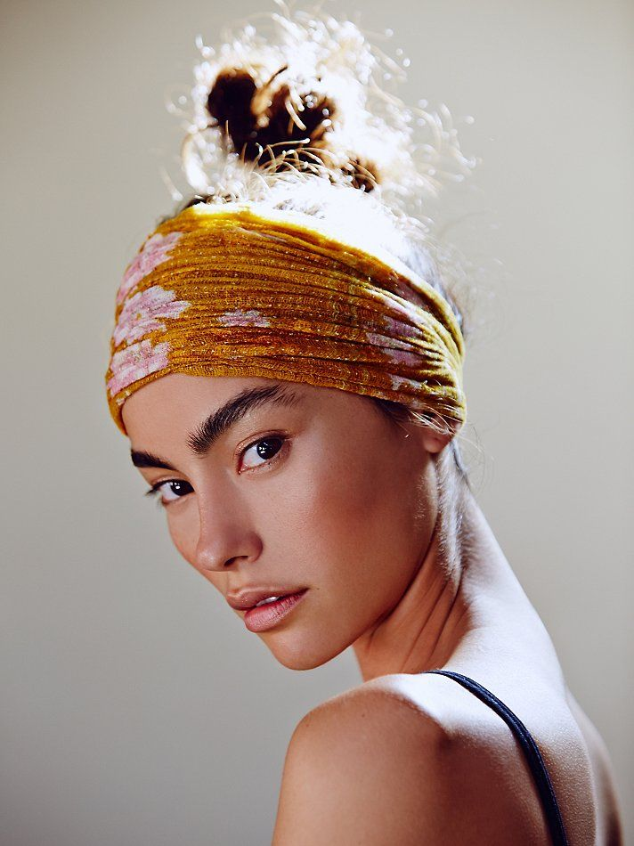 Beauty | Yes! There is nothing better than natural-looking skin (love this head wrap, too!).