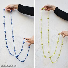 Ball & Chain: pattern per una collana all'uncinetto di www.cucicucicoo.com