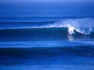 hyett-rodney-surfers-at-bells-beach-torquay-australia