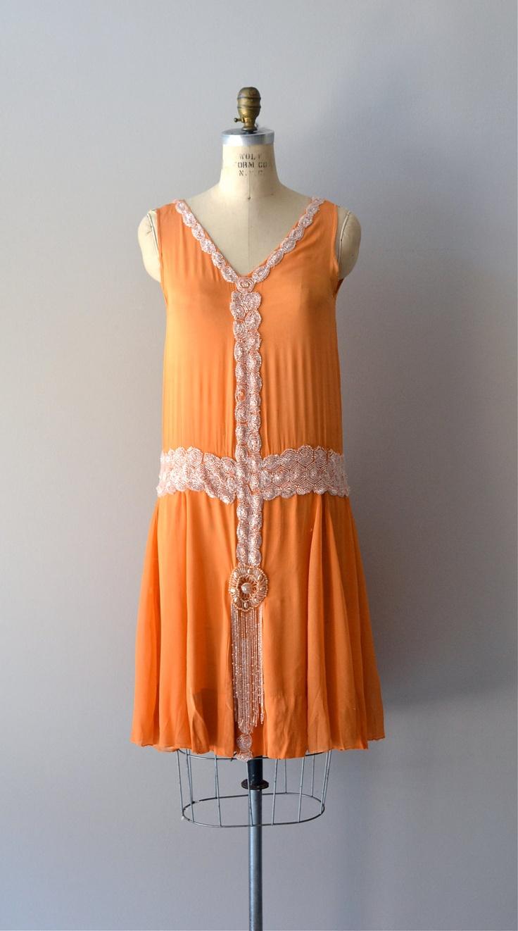 Charleston dress! Wowzers!1920s dress / beaded 20s dress / Danse Mandarine dress. $425.00, via Etsy.