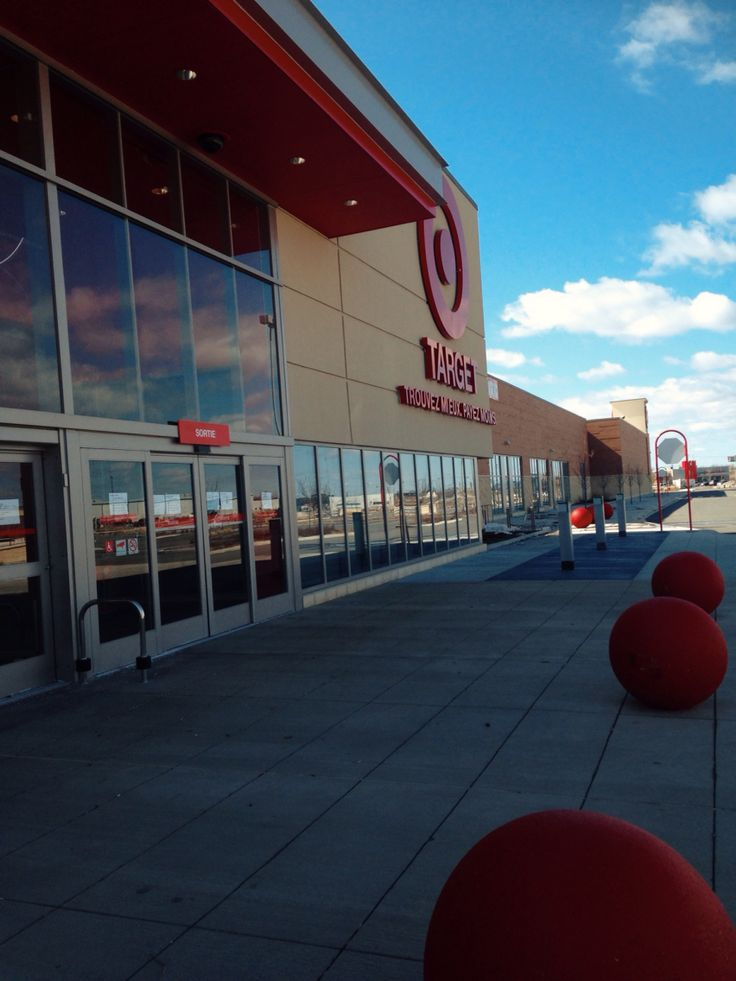 And Target closes its doors for forever... I'm gonna miss working here. #7006 #TargetCanada