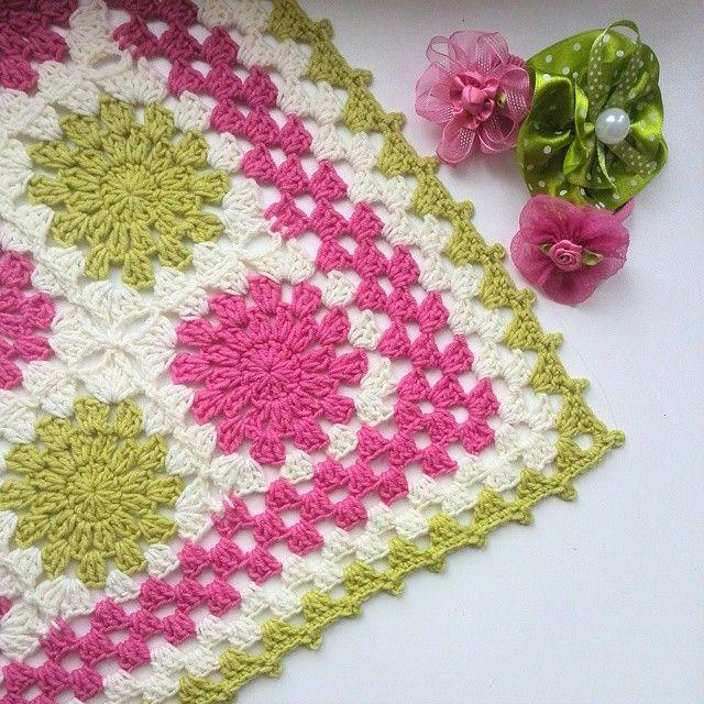 Mejores 11 imágenes de Bebes y niños prendas a crochet en Pinterest ...
