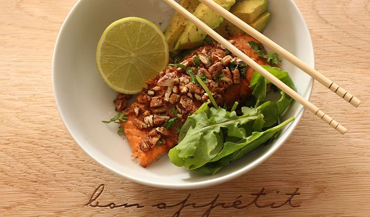 Pecan Crusted Salmon & Avo Bowls with Cauli Mash. A healthy, carb-free dinner. LCHF. Banting.