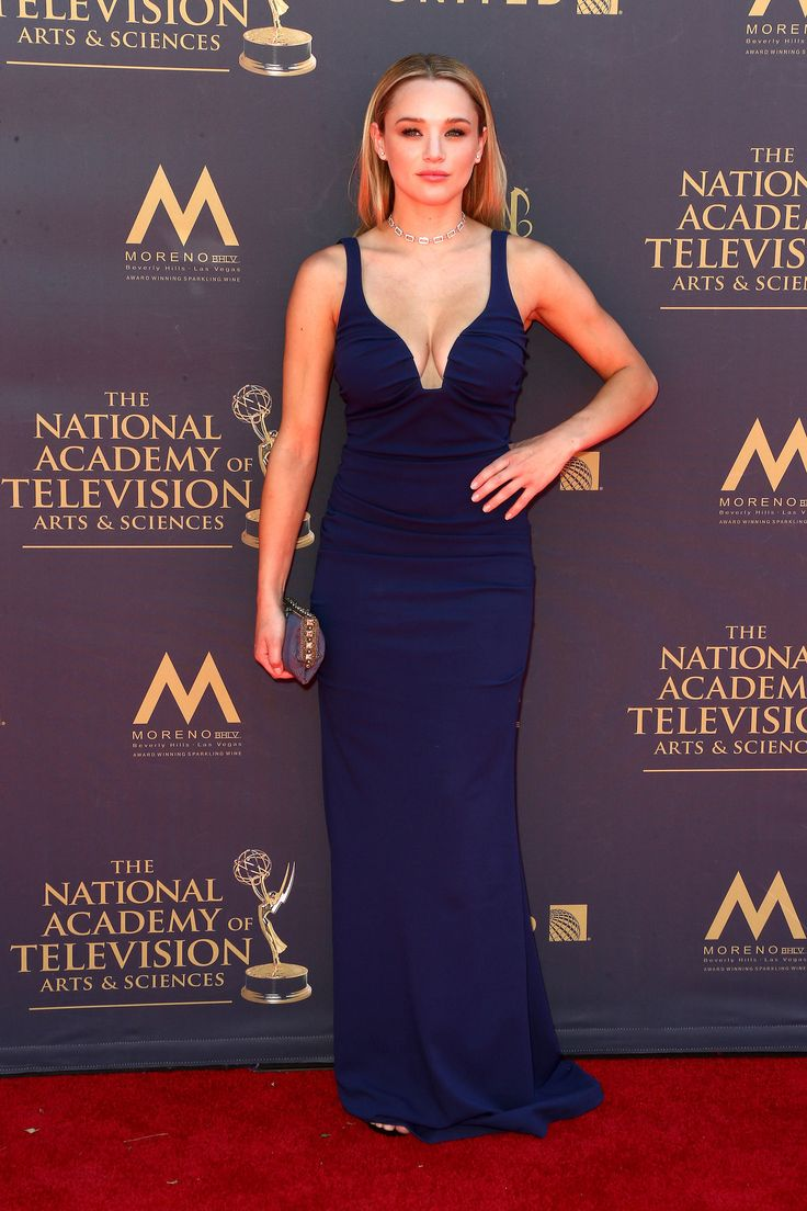PASADENA, CA - APRIL 30:  Hunter King (plays the role of Summer Newman, CBS-The Young and the Restless), attends the 44th Annual Daytime Emmy Awards at Pasadena Civic Auditorium on April 30, 2017 in Pasadena, California.  (Photo by Tommaso Boddi/WireImage) via @AOL_Lifestyle Read more: https://www.aol.com/article/entertainment/2017/04/30/2017-daytime-emmy-awards-red-carpet-arrivals/22062981/?a_dgi=aolshare_pinterest#slide=5011738