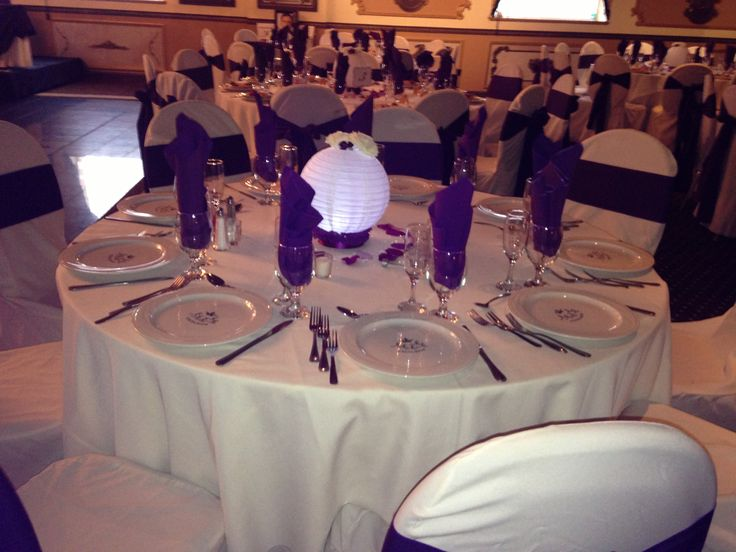 Paper lanterns cheap centerpiece ideas and tea lights on for Cheap table lanterns for weddings