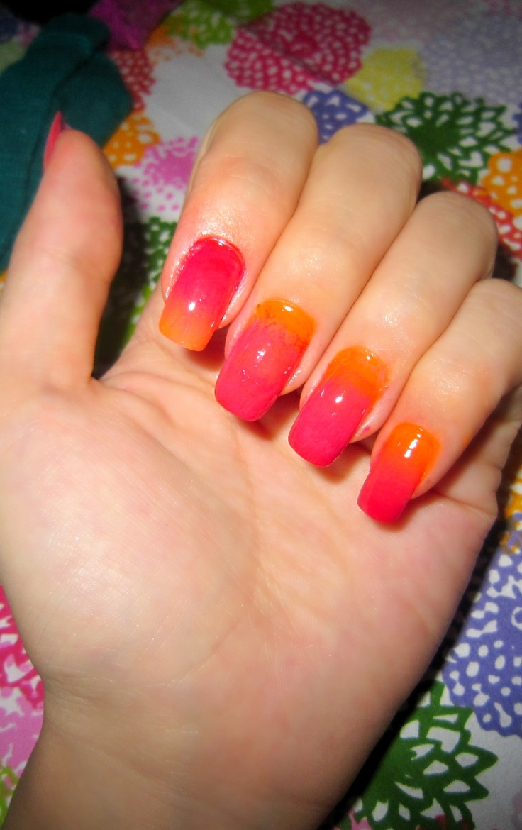 ombre nails red fushia hot pink and orange nail. Black Bedroom Furniture Sets. Home Design Ideas