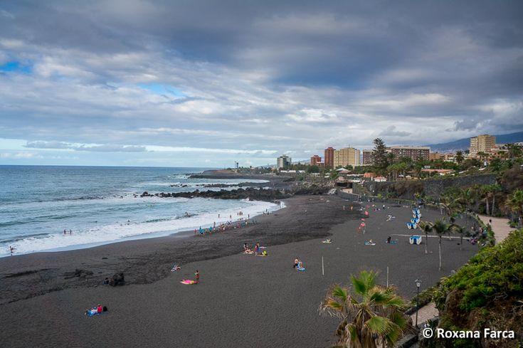 Plaja cu nisip negru, vulcanic, in Puerto de la Cruz