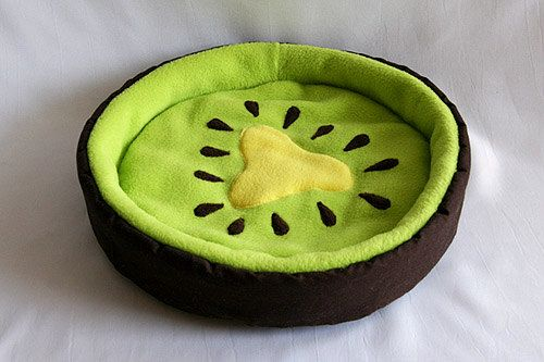 """cosy cuddle bed """"kiwifruit"""" for guinea pigs on Etsy, $33.90"""
