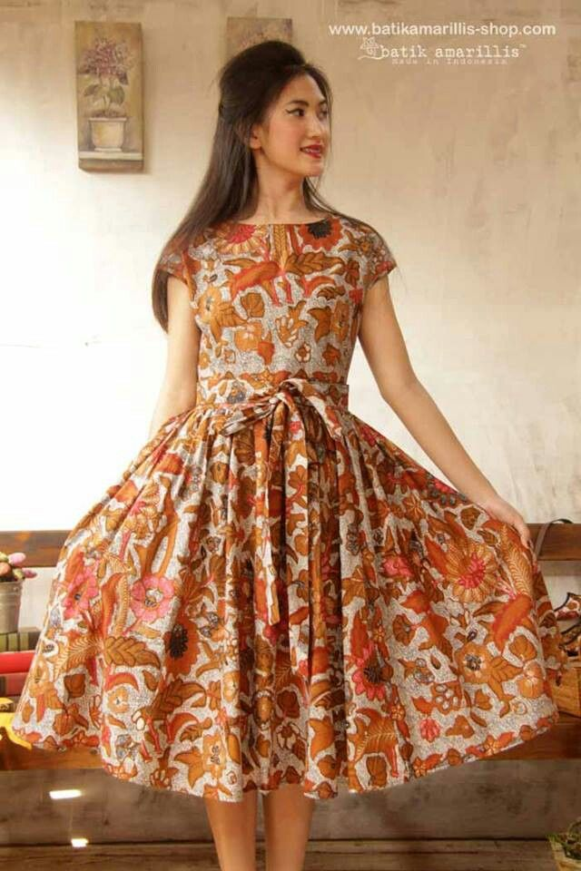 ...eternally chic '50 s....batik amarillis