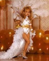 JonBennet Ramsey ... 6 year old Vegas showgirl?!