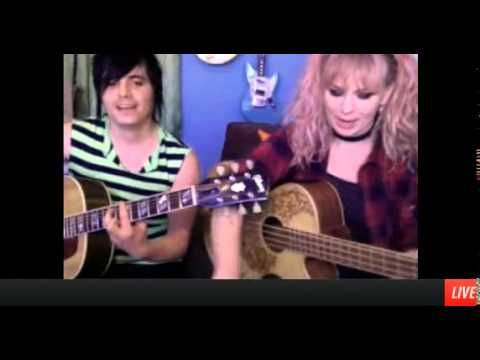 The Dollyrots - The Dollyrots do GREEN DAY! (Stageit 23 April 2014)