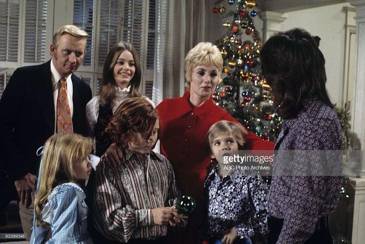 FAMILY - 'Don't Bring Your Guns to Town, Santa' 12/17/71 Dave Madden, Suzanne Crough, Susan Dey, Danny Bonaduce, Shirley Jones, Brian Forster, David Cassidy