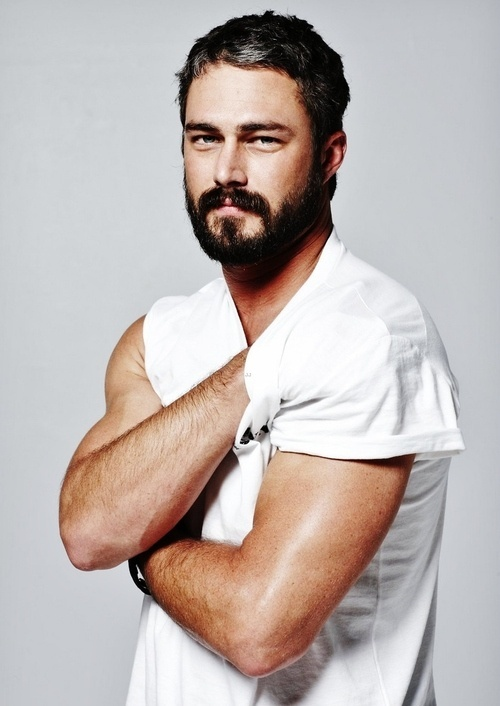 48 best sexy man images on pinterest hairy men hot men for Taylor kinney tattoos