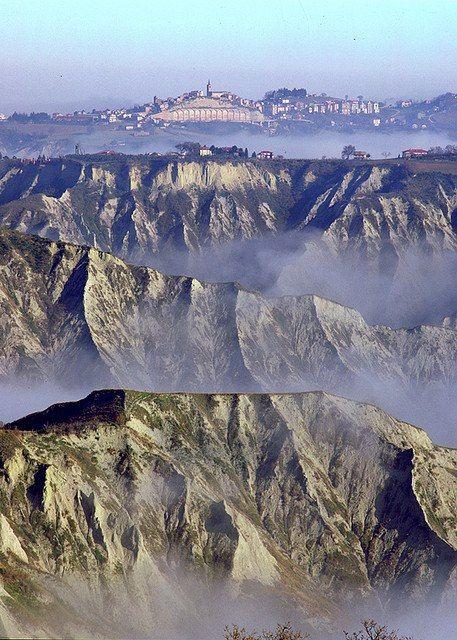 I calanchi di Castignano, Ascoli Piceno, Marche