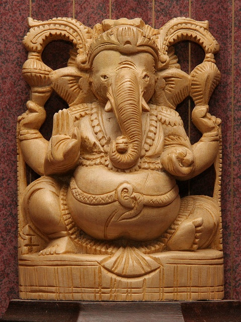 Wood carving of God Ganesh from Kerala, India | Visit kerala in your budget