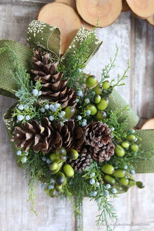WoodSliceWinterWreath thumb Wood slice & Burlap Christmas Wreath