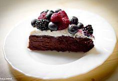 Erdei gyümölcsös belga csokitorta
