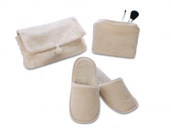 Accessoires bain - Mules - trousse de maquillage - trousse de toilette - #makeup #confort #cocooning  Blanc Cerise