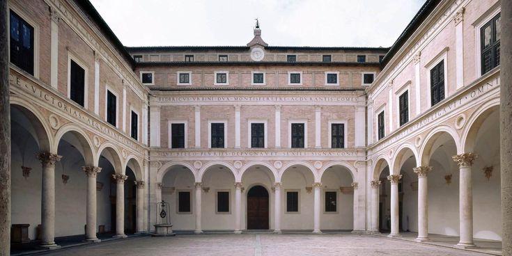Palazzo Ducale di Urbino, Italia / cortile:  1464-72 / Luciano Laurana