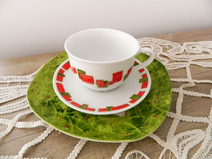 Christmas XXL cocoa cup (500ml) and its cookie serving dish, the recipe for never ending mornings!