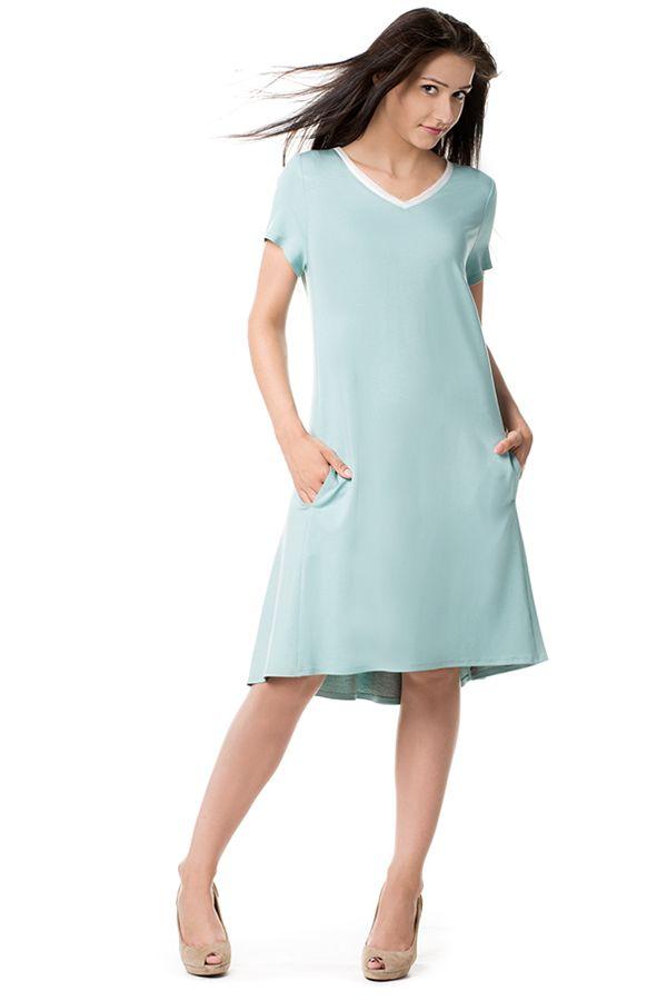 Trapezowa sukienka z dzianiny. Knitwear trapeze dress.