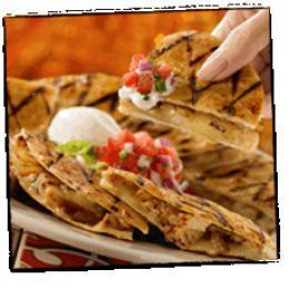Chili's  Copycat Recipes: Chicken Bacon Ranch Quesadillas