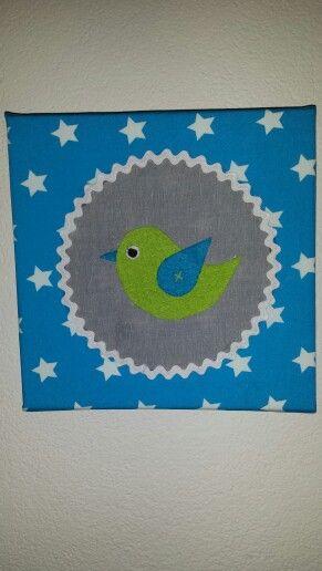 Vogeltje van vilt op canvas