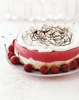 ber ideen zu erdbeer raffaello torte auf pinterest raffaello torte erdbeer torte und. Black Bedroom Furniture Sets. Home Design Ideas