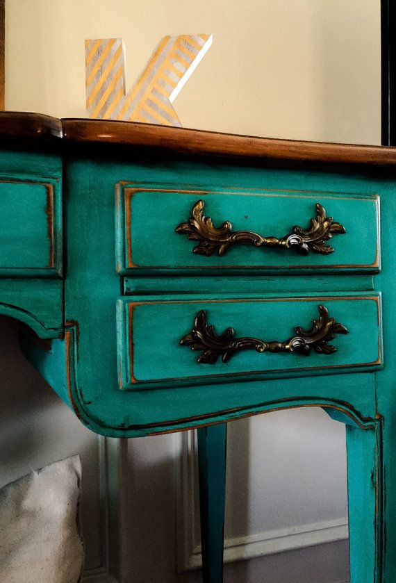 SOLD Vintage French Provincial Vanity Set Hand Painted in