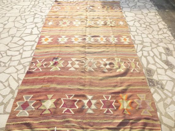 Vintage Turkish Kilim rug 9' x 4'7""