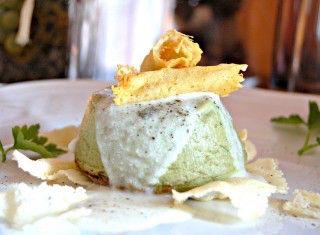 Flan di carciofi con crema di stracchino e cialde croccanti al Parmigiano