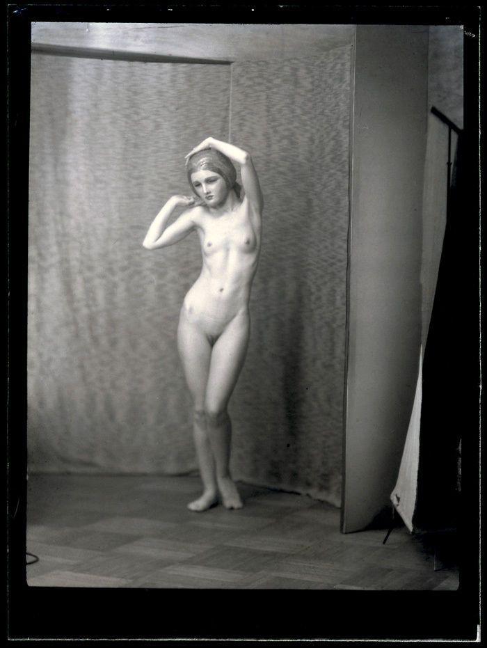 Erotic Nude Dancer In Benda Mask Rare Vintage 1910S Arnold -3888