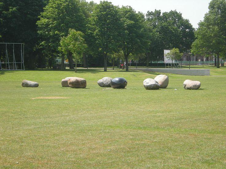 Het Julianapark in Venlo. In de zomer het terrein van de Zomerparkfeesten.