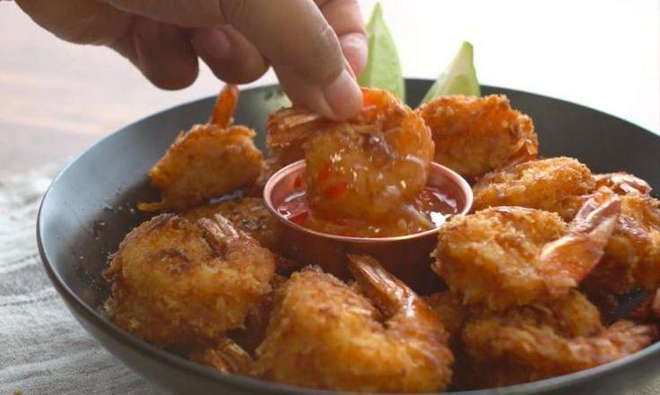 Crevettes grillées à la noix de coco! Pas mal plus HOT que les cocktails de crevettes, non?