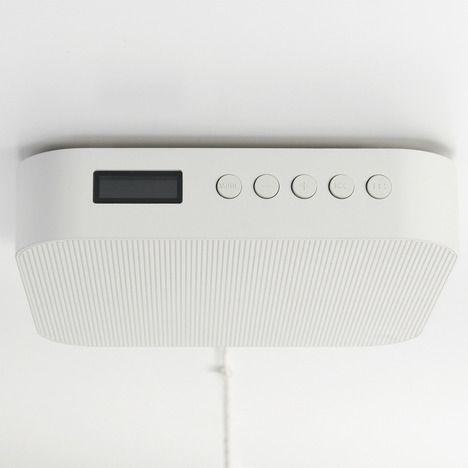 wall-mounted_bluetooth_speaker_muji_2b.jpg