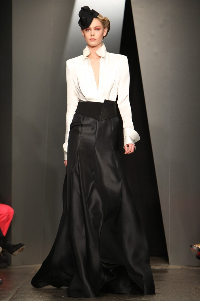 Black/White: 2012 Collection, 2012 Perfect, Karan Rtw, Black Elegance ღ, Fall 2012, Karan Fall, Givenchy, Rtw Fall, Absolutely Style