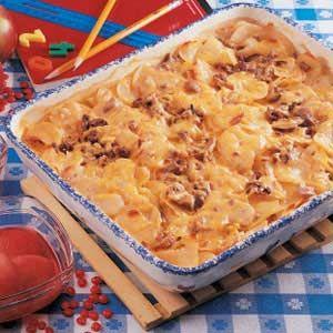 Cheesy Potato Beef Bake Recipe