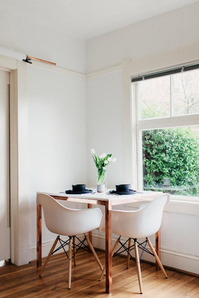 This elegant table for two is pure small-space magic.