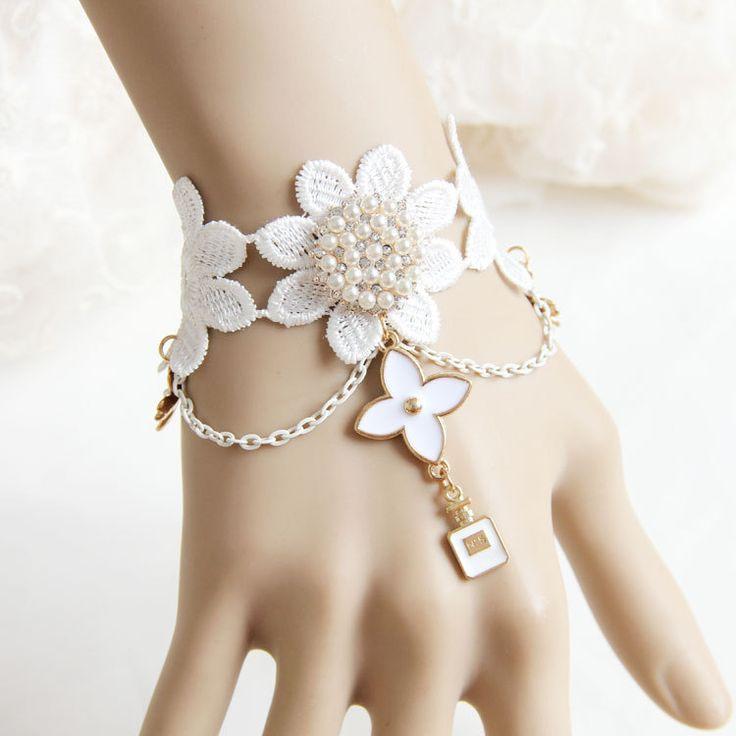 Купить товарМода белый цветок браслет ручной работы жемчужина запястье аксессуары для женщин в категории Цепи и браслетына AliExpress. Handmade fashion  lace  choker necklace JL-210 for womenUS $ 3.10/pieceFashion  lace bracelet WS-267 handmade jewelry wr