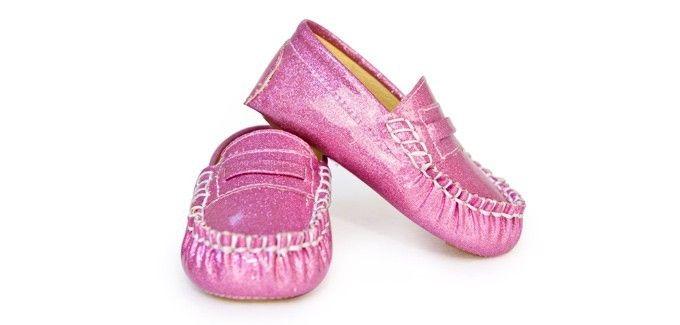 Trumpette Babyschoentjes Roze Glitter Moccasins Heerlijke instappers! Trumpette babyschoentjes in de kleur Roze. Geschikt voor peuters van 12 tot 24 maanden.  Verkrijgbaar in de kleuren: Oranje, Grijs en Roze
