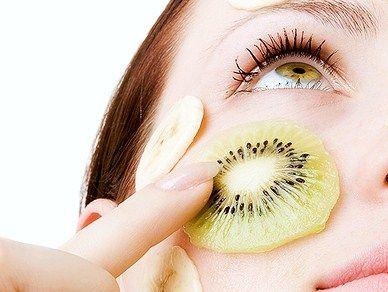 kiwi maschera di bellezza pelle ristrutturante rigenerante pelle stressata pelle secca disidratata rimedi naturali consigli della nonna