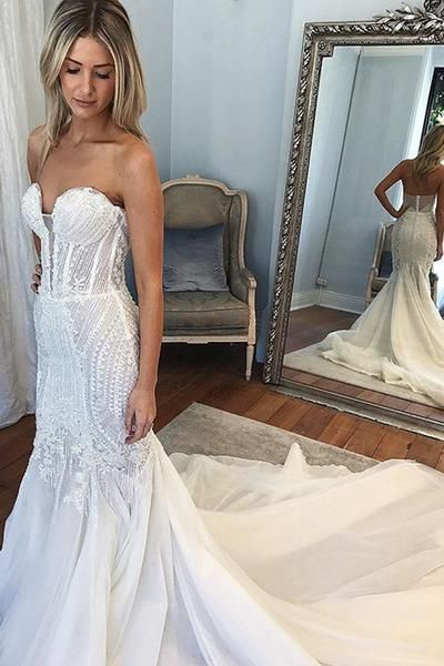 Mermaid Sweetheart Chapel Train Ivory Tulle Wedding Dress With Appliques-Tirdresses