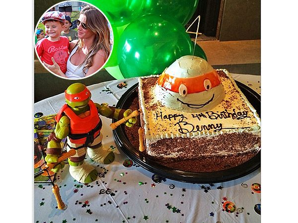 Never mind Gisele, that's an awesome TMNT cake!
