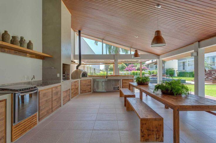 Lazer em Atibaia : Piscinas modernas por Nautilo Arquitetura & Gerenciamento