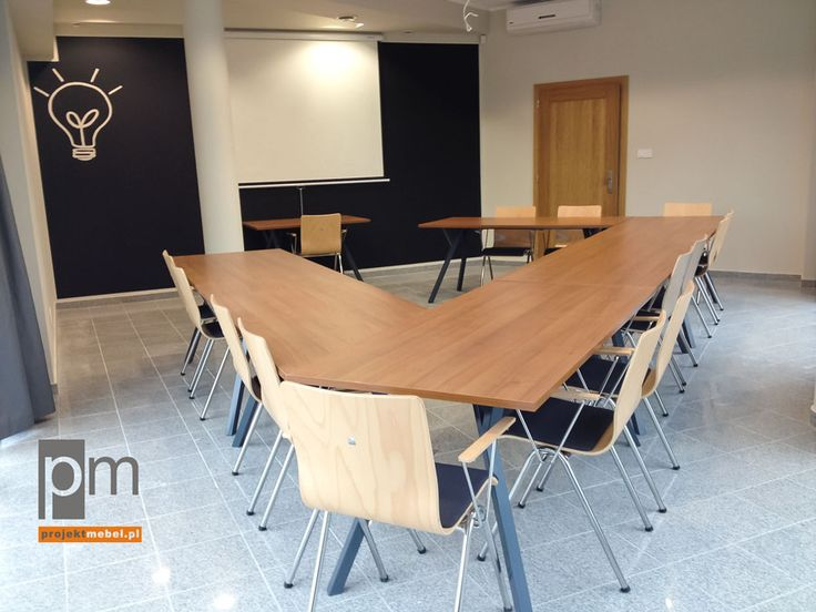 Meble X100 i krzesła Avax więcej ciekawych pomysłów nahttp://www.projektmebel.pl/oferta/produkt/x100-konferencyjne