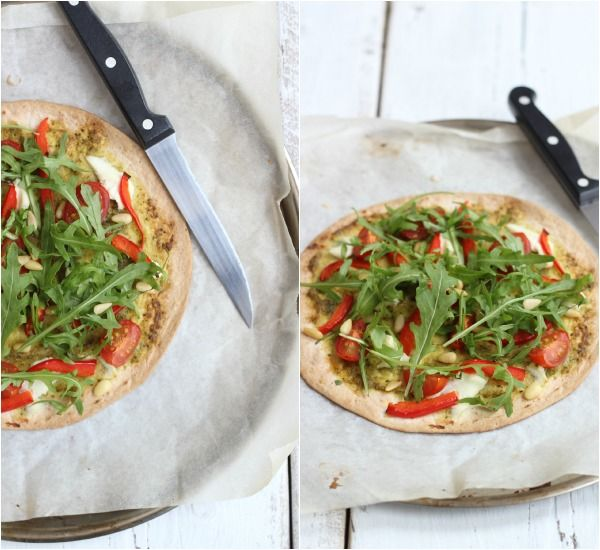 Tortilla pizza met pesto en ricotta - Lekker en Simpel