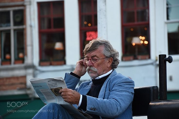 Popular on 500px : THE UNLIKELY READING COACHMAN by magdaindigo