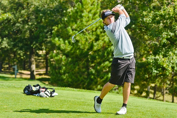 John Hafdal at BSU's golf invite. To read more visit http://www.bsubeavers.com/mgolf/news/2012-13/5980/bsu-takes-sixth-in-bsu-invitational/