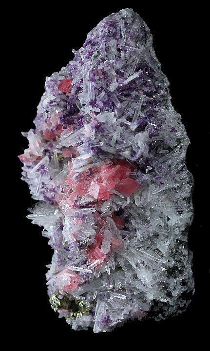 die besten 25 kristalle mineralien ideen auf pinterest sch ne steine mineralien und edelsteine. Black Bedroom Furniture Sets. Home Design Ideas